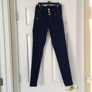 NWOT Sexy couture women's Colombian jeans size 5